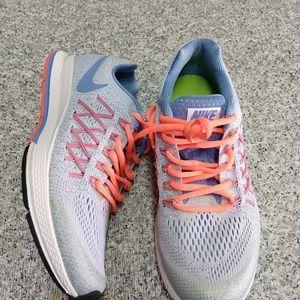 Nike Zoom Pegasus 32 running Shoes Size 5.5Y